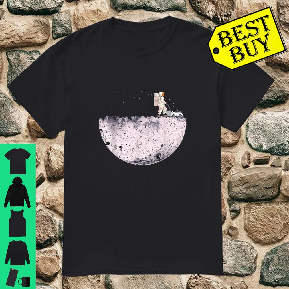 Astronaut in the moon shirt